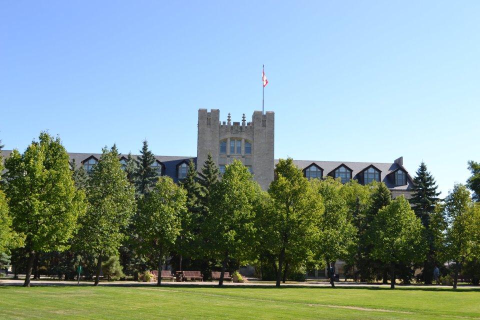 Du Học Tại Đại học Manitoba - Canada Cùng ICM
